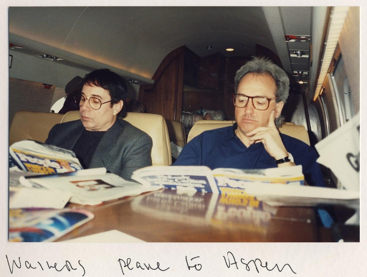 Lorne Michaels e Paul Simon. (Foto: Divulgação)