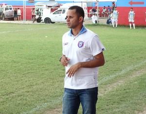 Técnico do Altinho, catende (Foto: Vital Florêncio / GloboEsporte.com)