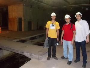 Amigos visitam estação fantasma do Metrô no Centro do Rio (Foto: Divulgação/Luis Henrique Barroso)