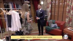 No Passeio Completo, a presença do paleto e dá gravata é indispensável (Foto: TV Globo)
