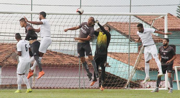 Ceilândia foi até Anápolis e perdeu para os donos da casa por 1 a 0 (Foto: Divulgação / Ceilândia)