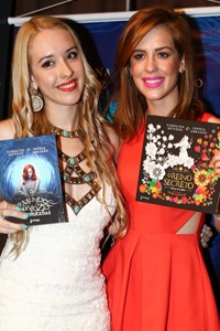 CArolina Munhoz e Sophia Abrahão (Foto: Manuela Scarpa/Foto Rio News)