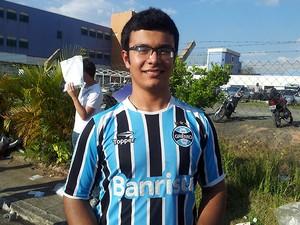 Para ter sorte, estudante usou camisa do Grêmio em vestibular da Unicamp (Foto: G1 Campinas)