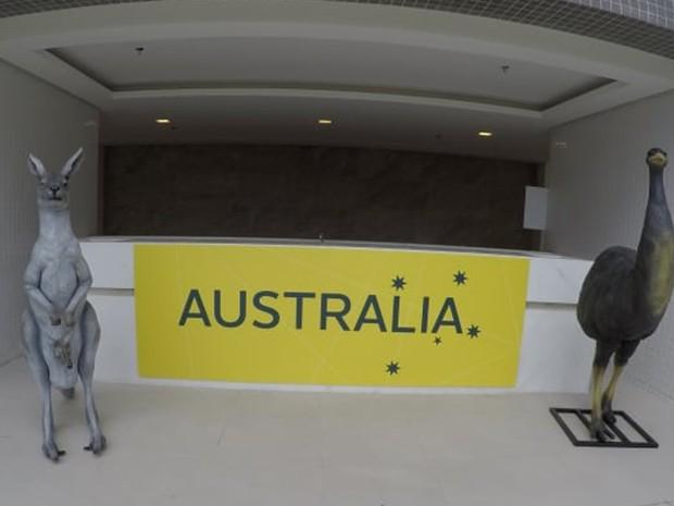 Réplicas de animais típicos da Austrália decoram a entrada do prédio destinado ao país na Vila Olímpica do Rio (Foto: Reprodução/Comitê Olímpico Australiano)
