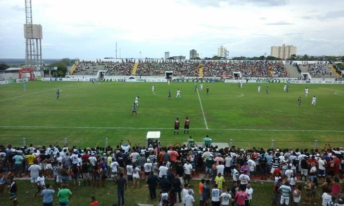 Corumbaense x Operário-MS estádio Arthur Marinho (Foto: Carlos da Cruz/TV Morena)