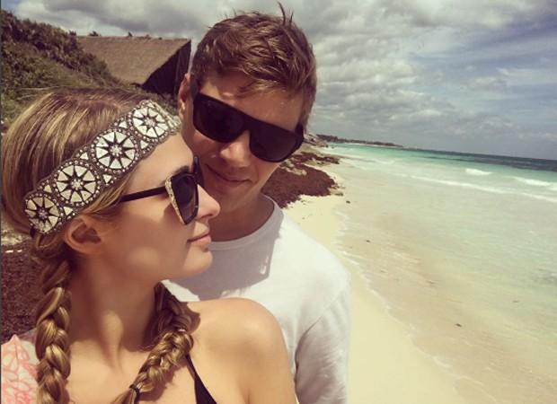 Paris Hilton e o namorado, o ator Chris Zylka (Foto: Reprodução/Instagram)