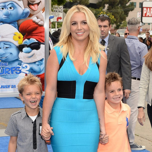 Estima-se que os prejuízos causados pelos filhos de Britney Spears no ano de 2009 em um hotel tenham atingido 45 mil reais. Os garotos, com 3 e 2 anos na época,  destruíram as cortinas, desenharam nas paredes e fizeram suas necessidades na piscina (Foto: Getty Images)