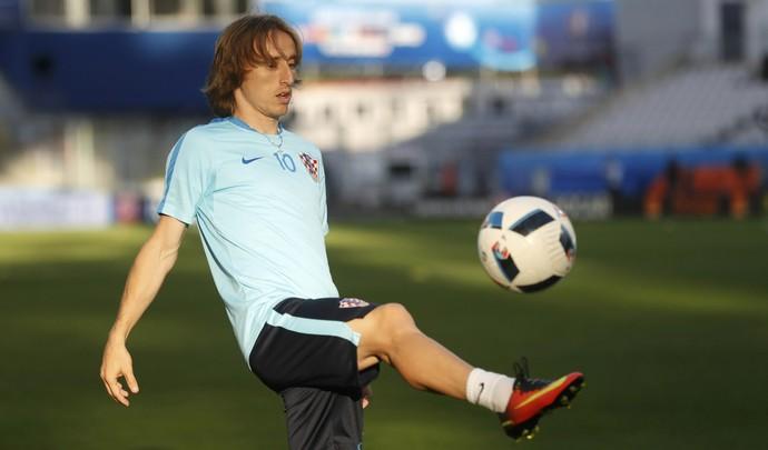 Modric treino Croácia Eurocopa (Foto: Reuters)