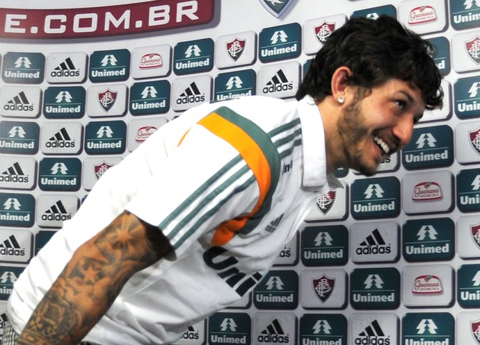 Fernando, coletiva Fluminense (Foto: Moysés Ferman)