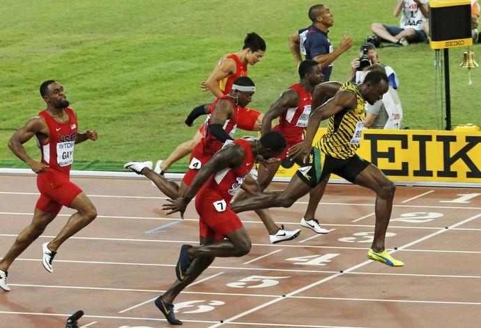 Linha de chegada Bolt Gatlin mundial atletismo (Foto: Reuters)