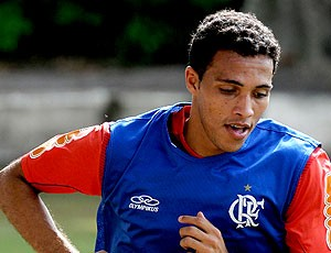 Thiago Medeiros zagueiro Flamengo (Foto: Richard Souza / Globoesporte.com)