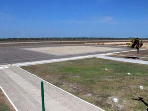 aeroporto_pista_parnaiba_300 (Foto: Patrícia Andrade/G1)