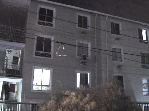 Saionara Santiago foi morta no apartamento em que o namorado mora, em Goiânia, Goiás (Foto: Reprodução/TV Anhanguera)