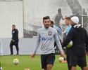 Acertado com o Inter, Uendel se despede do elenco do Corinthians