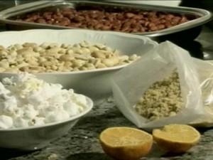 Receita ensina a preparar a rapadura com açúcar mascavo (Foto: Reprodução/RBS TV)