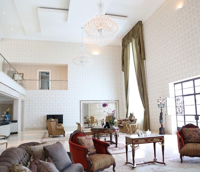 Parte da sala da casa de Luciano Camargo (Foto: Carol Caminha/Gshow)
