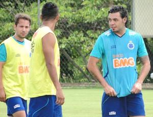 Treino Cruzeiro Ricardo Goulart (Foto: Tarcísio Badaró)