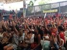 Em assembleia, professores de Salvador decidem continuar greve