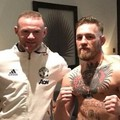 Wayne Rooney faz foto com Conor McGregor (Reprodução/Instagram)
