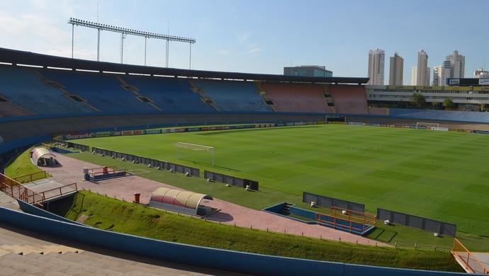 TR Estádio Serra Dourada dia (Foto: Silas Batista)