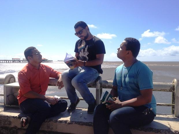 Pedro Stkls acredita que, apesar do crescimento dos grupos, qualidade poética deve permanecer (Foto: Fabiana Figueiredo/G1)