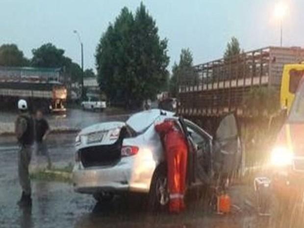 Casal morreu no momento da colisão em Santa Rosa, no Noroeste do estado (Foto: PRE/Divulgação)