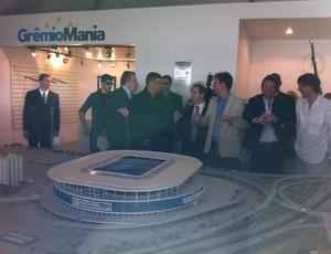 Ronaldo visita obras da Arena do Grêmio (Foto: Tomas Hammes / GLOBOESPORTE.COM)