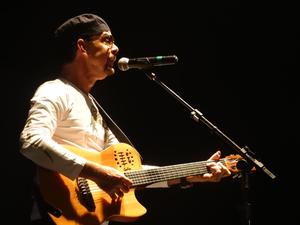 Antes de fazer encerramento, Nando Cordel contou que Dominguinhos gostava de pregar peças. (Foto: Jael Soares/ G1)