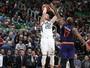 Jazz leva sufoco no fim, mas supera Suns e pega embalo na temporada