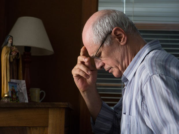 Marcos Caruso em cena de 'O escaravelho do diabo', adaptação do clássico da série Vaga-Lume; o ator interpreta o delegado Pimentel (Foto: Aline Arrumda/Divulgação)