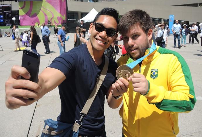 Gabriel Fricke dia de medalhista Pan de Toronto (Foto: GloboEsporte.com)