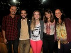 Paulo Vilhena e Fernanda Rodrigues recebem amigos famosos em peça
