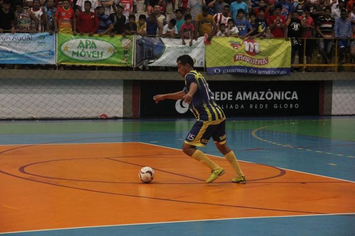 Primeira partida teve primeiro tempo sem gols (Foto: Diego Toledano/ G1 AM)