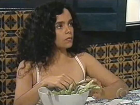 """A atriz como Maria Imaculada em """"Tieta"""": """" (Foto: Reprodução/ TV Globo)"""