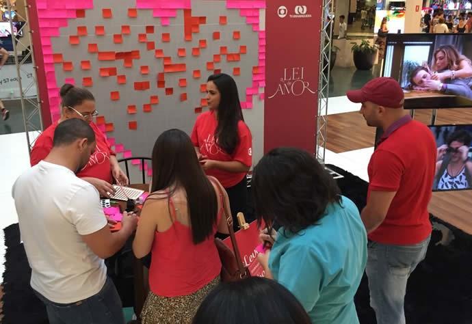 Público deixou sua marca com uma declaração de amor para alguém especial. (Foto: TV Anhanguera)