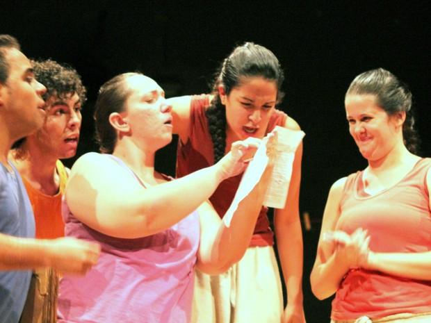 Peça 'O Broto' será encenada em Santa Bárbara d' Oeste durante mostra de teatro (Foto: Imprensa/ Prefeitura de Santa Bárbara d'Oeste)