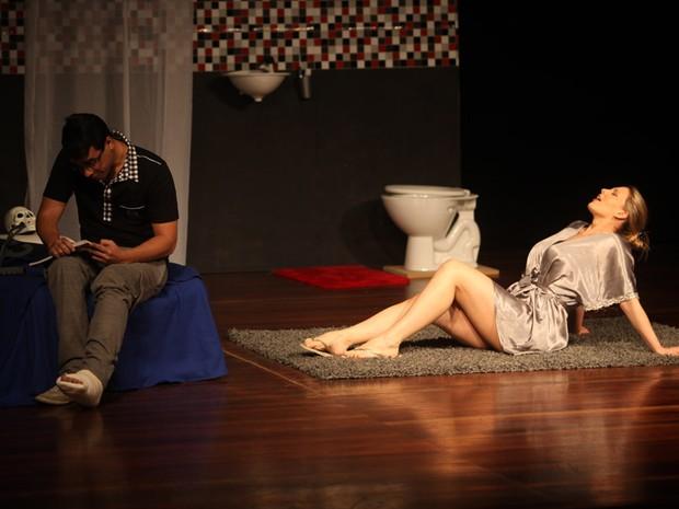 Sheila Mello no palco (Foto: Iwi Onodera/EGO)