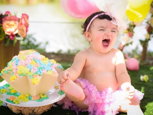 Melissa é a primeira filha que Layane teve por gravidez natural (Foto: Greyce Coli/Arquivo Pessoal)