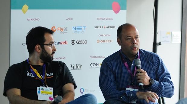 Bruno Stefani, gestor de inovação sênior na Anheuser-Busch InBev, e Maurício Martinez, gerente de pesquisa e desenvolvimento da Porto Seguro (Foto: Rafael Jota/Editora Globo)