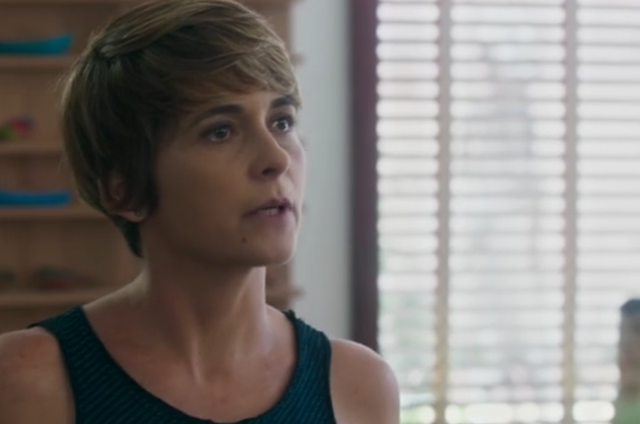 Cláudia Abreu é Helô em 'A lei do amor' (Foto: Reprodução)