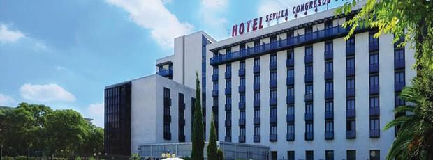 Hotel Sevilla Congresos, onde foi encontrado o corpo de Maria de Villota (Foto: Divulgação)