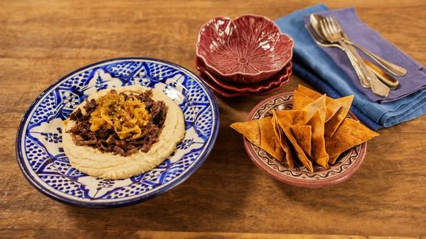 Cozinha prtica, episdio sopa, carne com homus (Foto: Editora Panelinha/Gilberto Jr.)