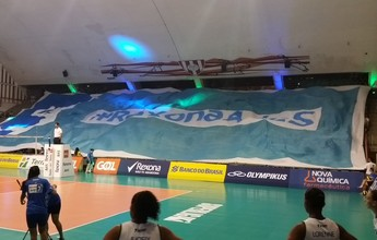 """No reencontro com a """"espiã"""" Amanda, Rio de Janeiro derrota Brasília em casa"""