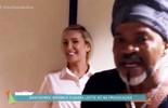 Claudia Leitte e Carlinhos Brown se provocam nos bastidores do 'The Voice Brasil'