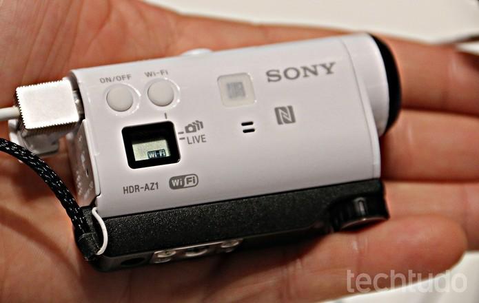 Action Cam Mini, da Sony, tem apenas 63 g (Foto: Fabrício Vitorino/TechTudo)