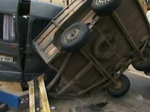 acidente deixa 4 pessoas mortas na bahia (Foto: Reprodução / TV Bahia)