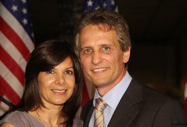 O venezuelano Luigi Boria, eleito prefeito de uma cidade na Flórida, com a mulher, Graciella (Foto: Divulgação)