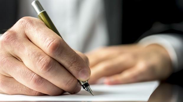 contrato (Foto: ThinkStock)