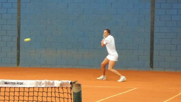 Maria Fernanda Tênis feminino Mogi das Cruzes Jogos Abertos 2013 (Foto: GloboEsporte.com)