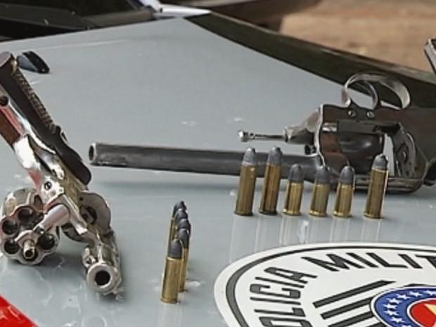 Armas  (Foto: Reprodução / TV TEM)